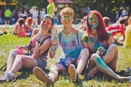 Фестиваль красок ColorFest и Фестиваль водных фонариков в один день в Красногорске!